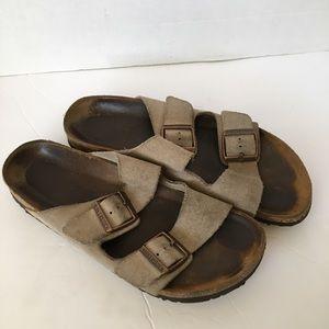 Birkenstock tan sandals size 40 narrow